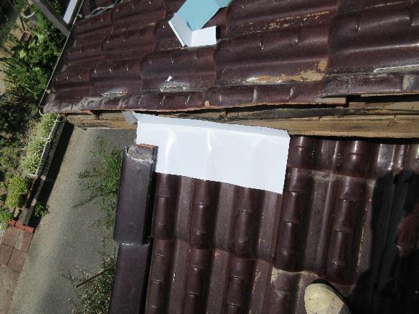 写真:雨切り板金の取り直し