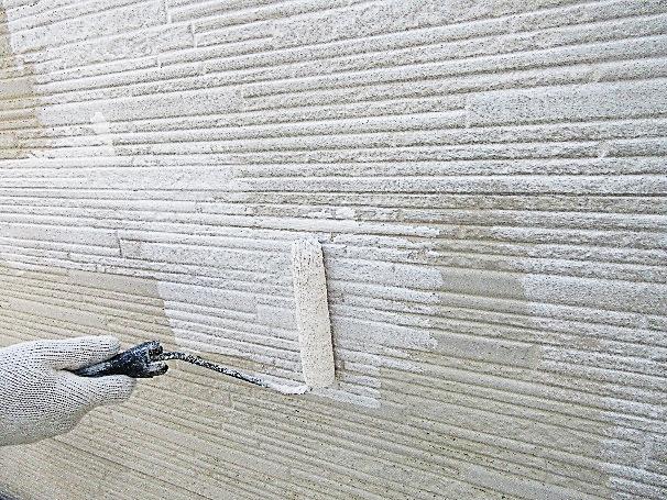 写真:ベランダ下塗り再塗装