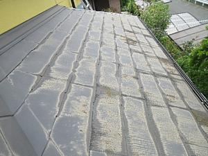 写真:屋根塗装の劣化