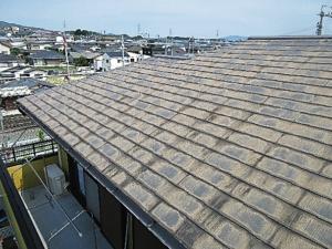 写真:2階屋根塗膜 経年劣化