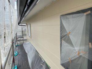 写真:2階壁中塗り完了