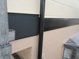 写真:幕板板金カバー箇所